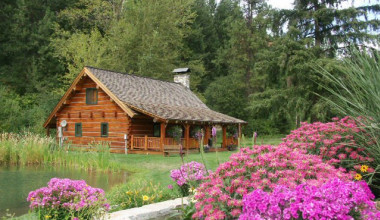 Cabin exterior at Mountain Springs Lodge.
