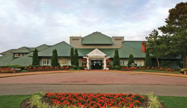 Exterior view of Kingsmill Resort.