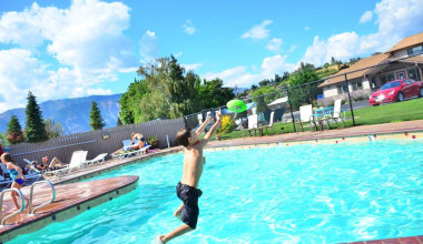 Jumping in the pool at Mountain View Lodge.