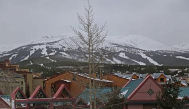 Exterior view of Range View Rentals.