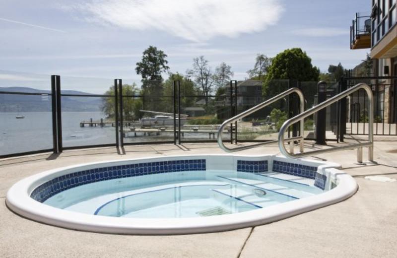Whirlpool at Summerland Waterfront Resort.