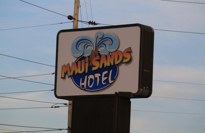 Welcome to Maui Sands Resort & Indoor Waterpark.