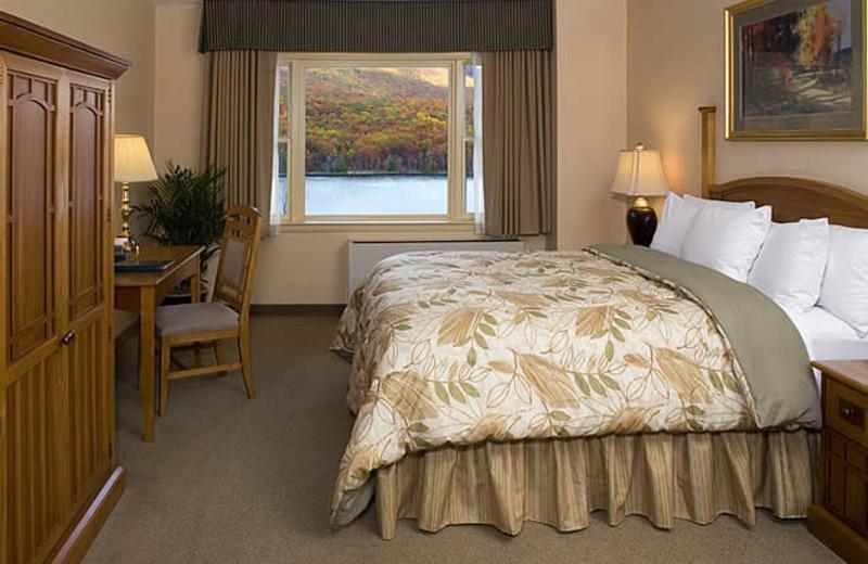 Guest room at Rocky Gap Casino Resort.