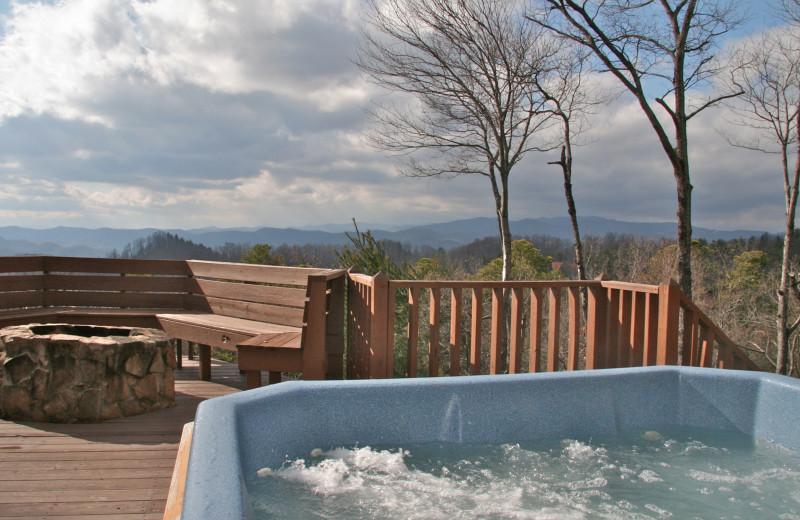 Hot tub at Leatherwood Mountains Resort.