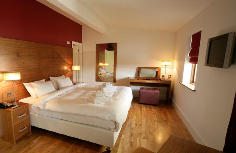 Guest room at Castlemartyr.