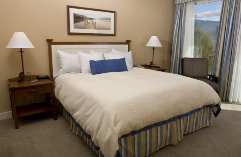 Guest bedroom at Summerland Waterfront Resort.