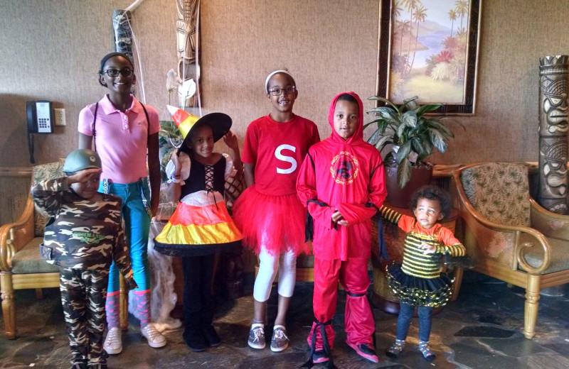 Holiday family fun at Maui Sands Resort & Indoor Waterpark.