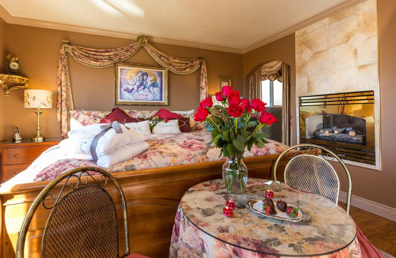 Guest room at A Vista Villa Couples Retreat.