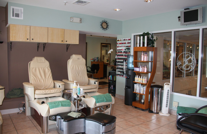 The salon at The White Sands Oceanfront Resort & Spa.