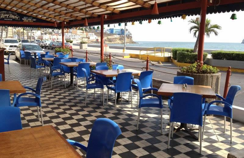 Dining at Hotel La Siesta.