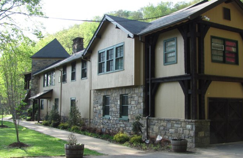 Exterior View of Tuckasiegee River Mountain Lodge