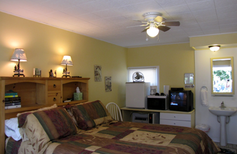Guest room at Lake Place.