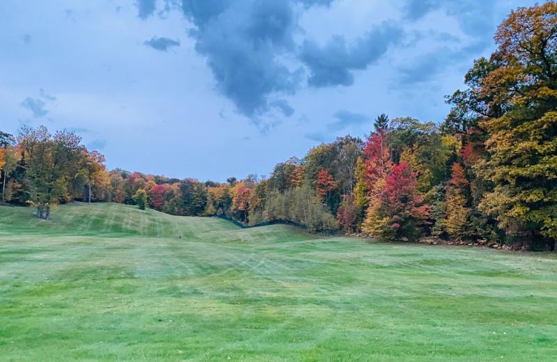 Golf at Lakewoods Resort.
