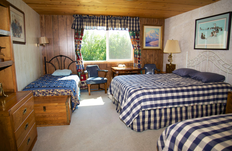 Guest room at Alaska Rainbow Lodge.