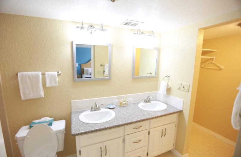 Guest bathroom at Shoreline Island Resort.