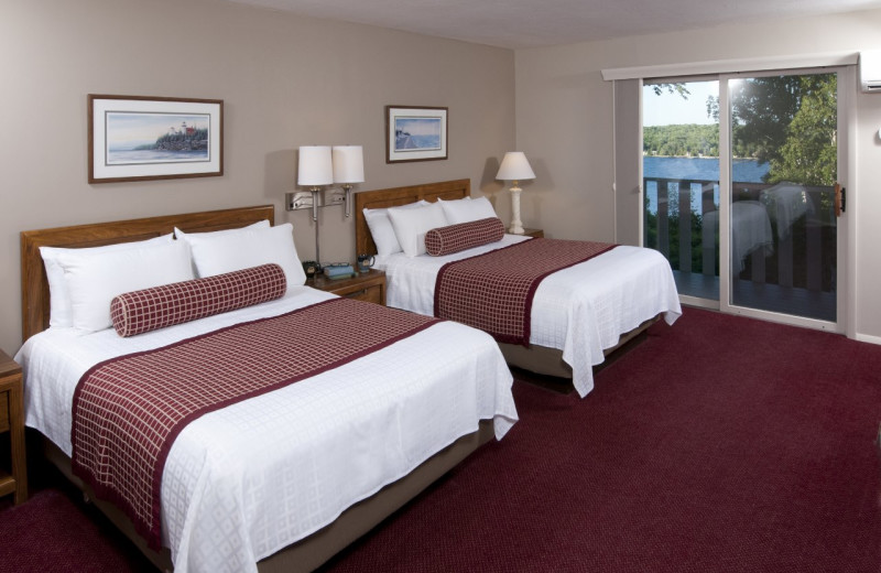 Water View Two Queen Beds guest room at the Country House Resort.
