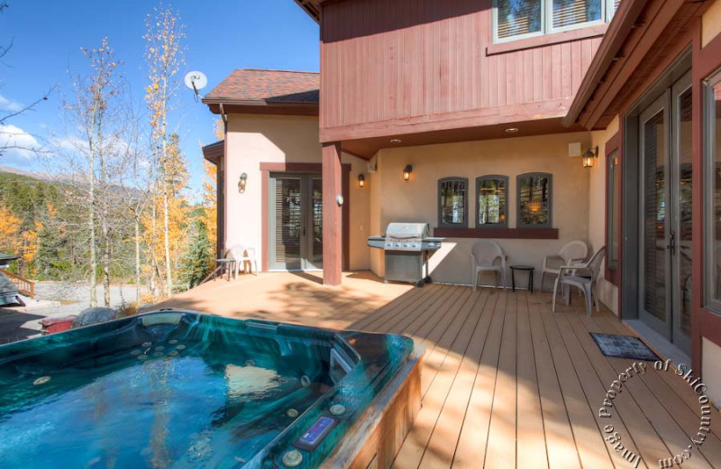 Vacation rental deck at Ski Country Resorts.