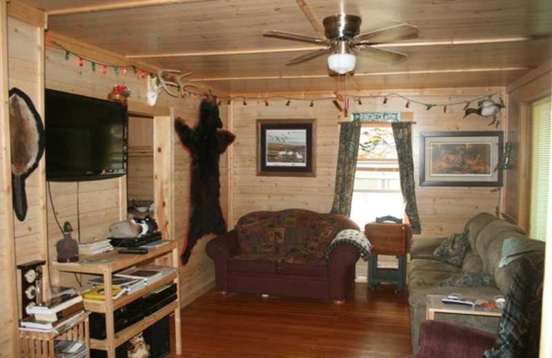 Guest living room at Huntin' Shak.
