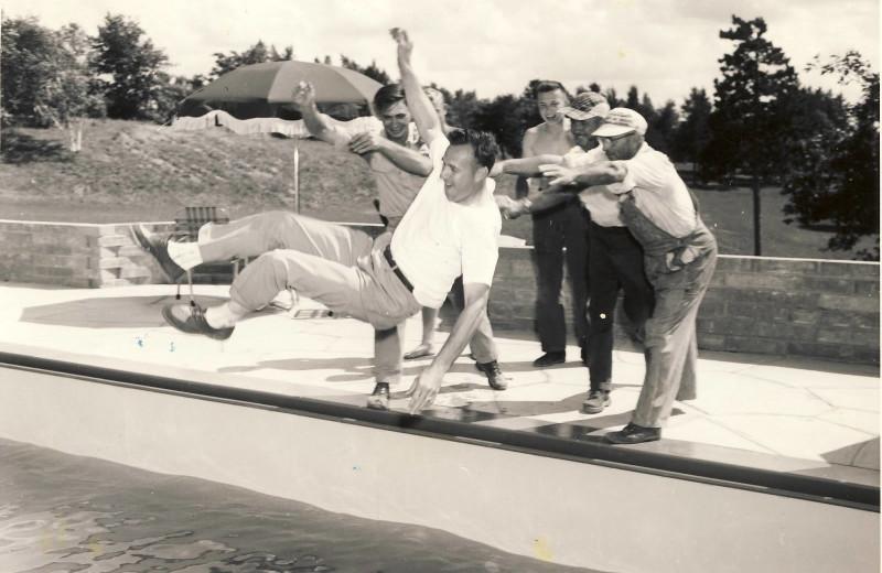 Historic photo at Madden's on Gull Lake.