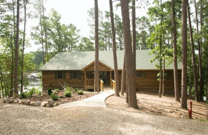Lake view cottage at Mountain Harbor Resort.