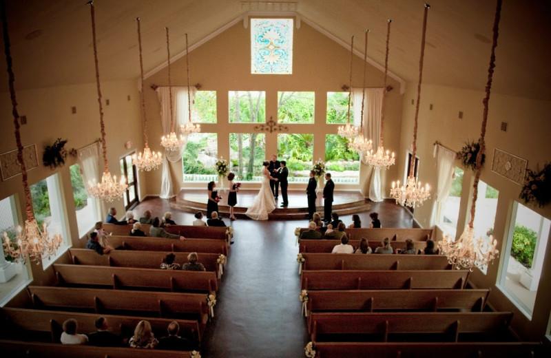 Wedding ceremony at Heather's Glen.
