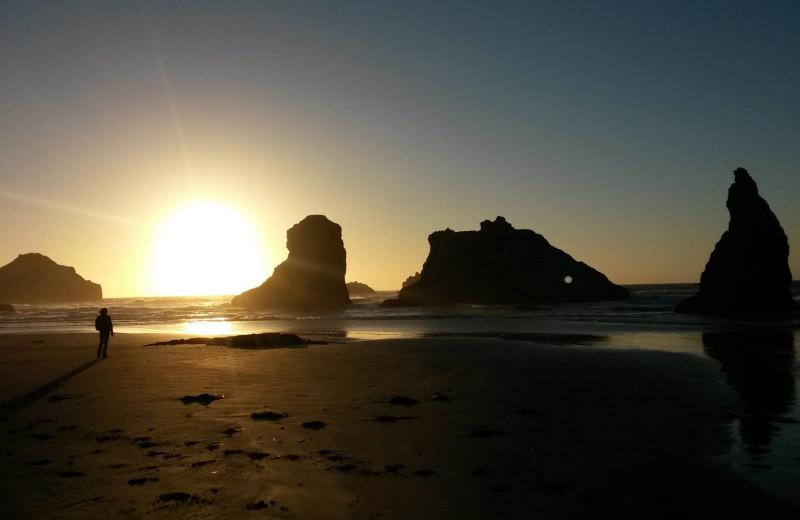 Beach at Sunset Oceanfront Lodging.