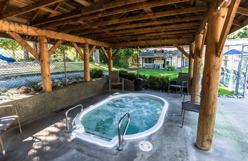 Whirlpool at Ocean Trails Resort.