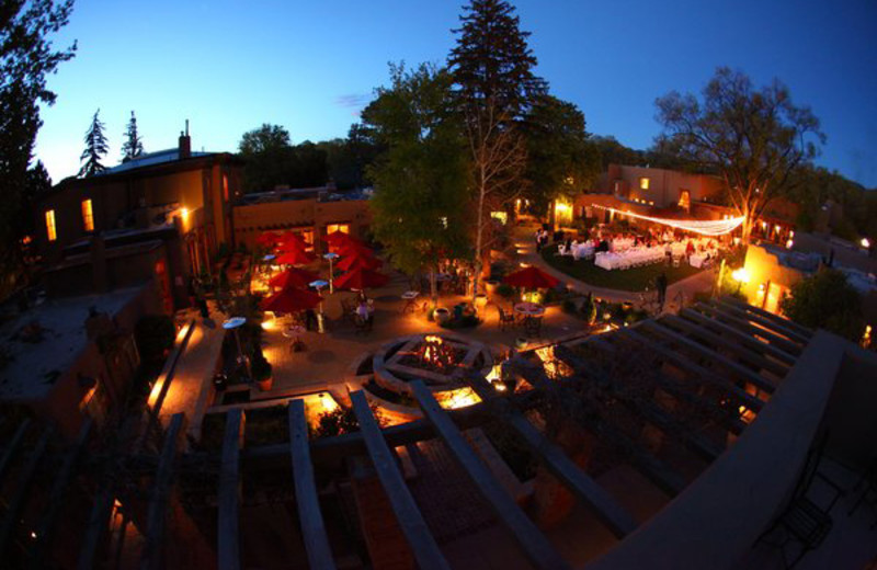 Exterior view of La Posada de Santa Fe Resort & Spa.