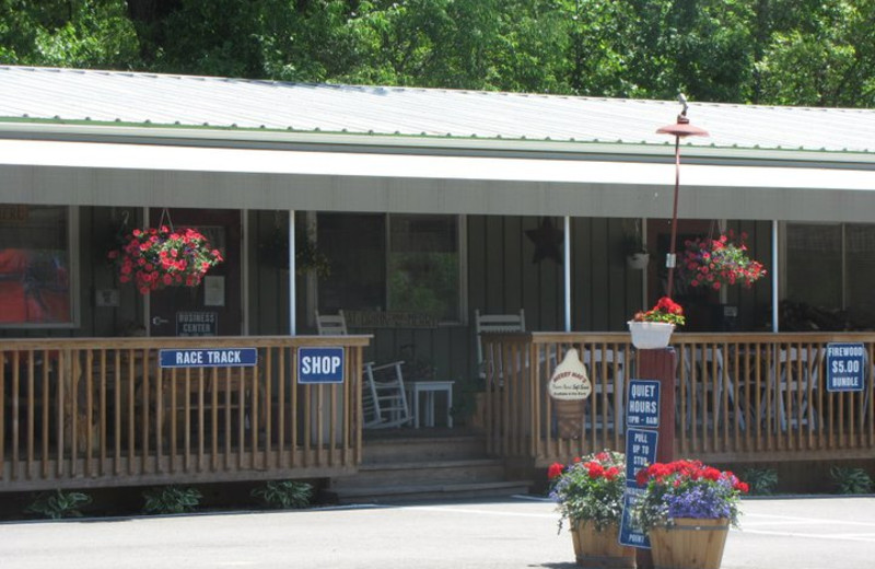 Main Office at Merry Mac's Campground