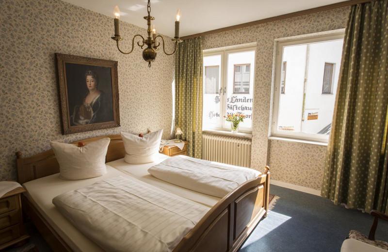 Guest room at Alte Thorschenke.