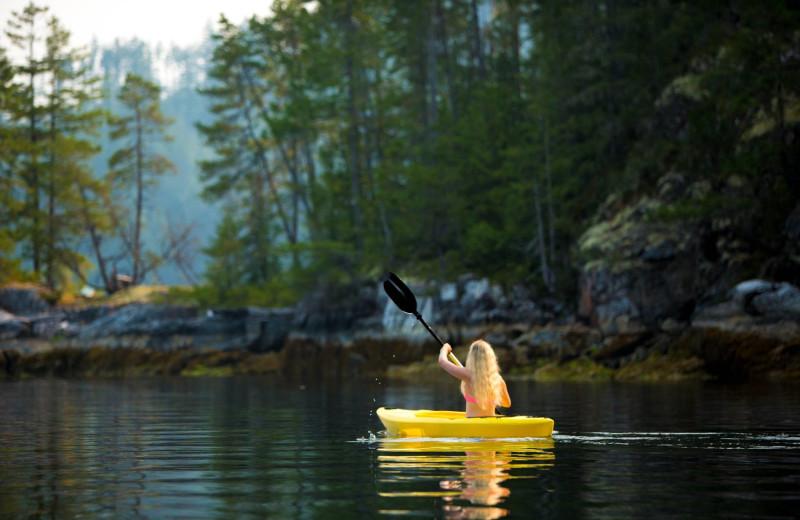 Kayaking at Wilderness Resort & Retreat.