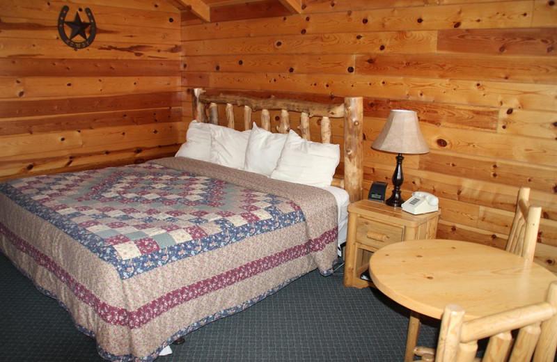 Cabin bedroom at Bryce Canyon Inn.