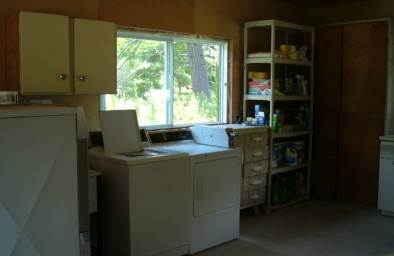 Laundry facilities at Paquana Cottage Resort.