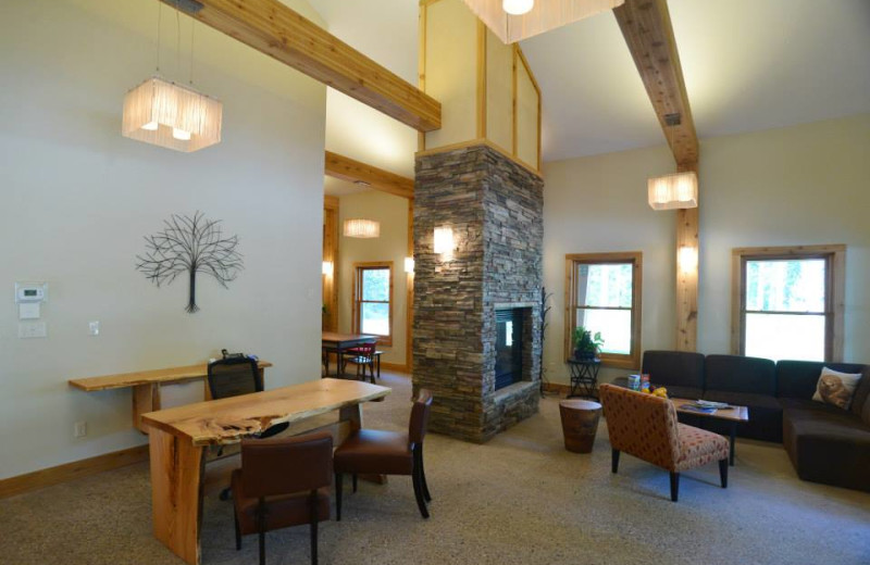Lobby at Sojourn Lakeside Resort.
