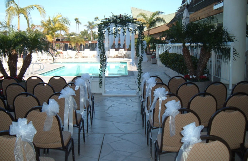 Wedding by the pool at Bay Club Hotel & Marina.