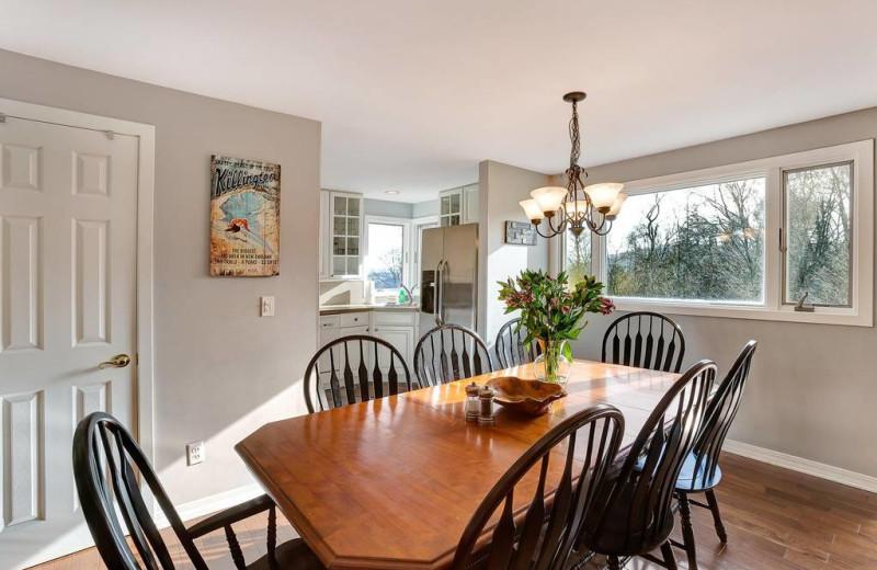 Rental dining room at Killington Rental Associates.