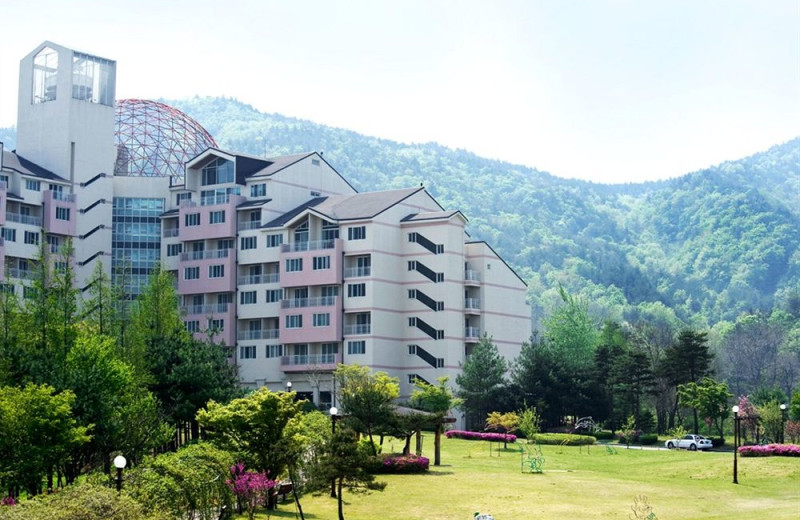 Exterior view of Sorak Kumho Resort.