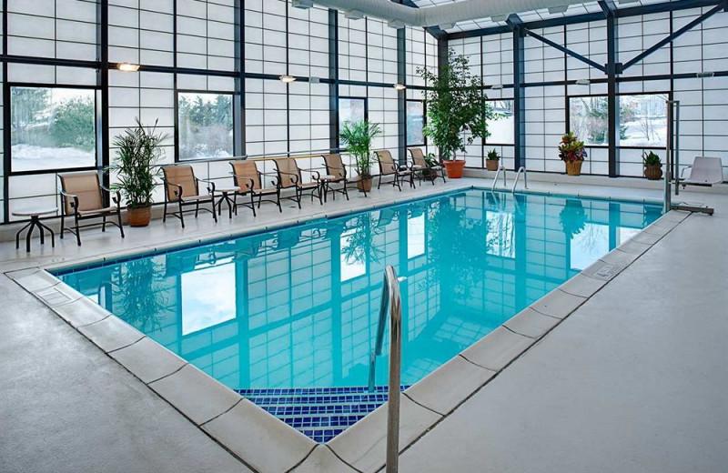 Indoor pool at Hampton Inn Long Island-Islandia.