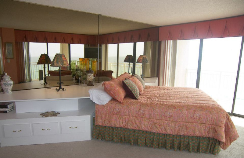 Vacation rental bedroom at Dunes of Panama.
