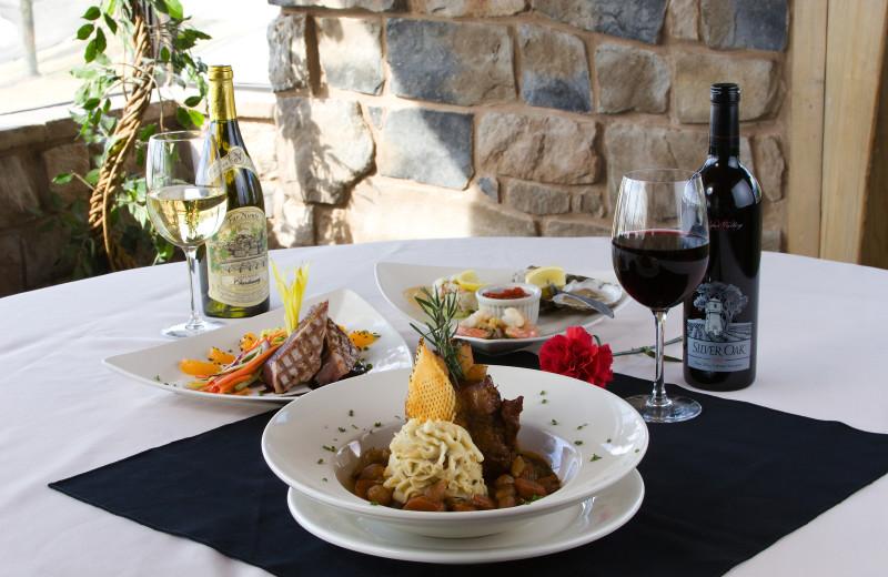 Fine dining at Heritage Hills Golf Resort.