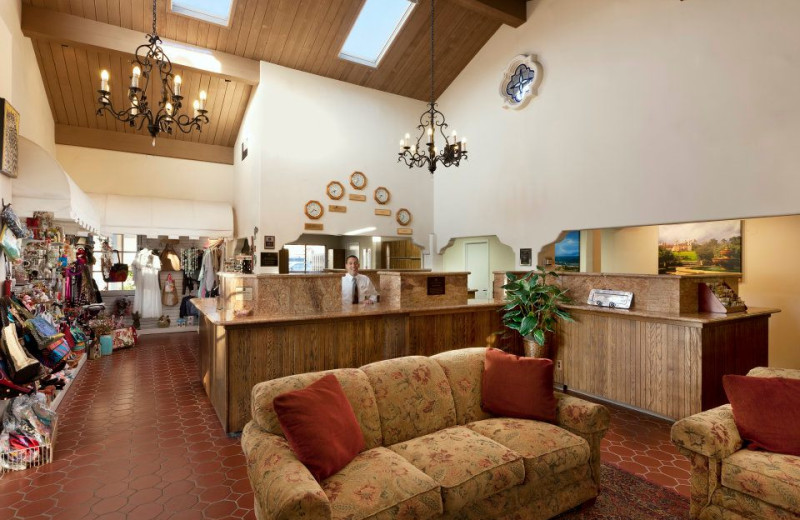 Lobby at Pepper Tree Inn