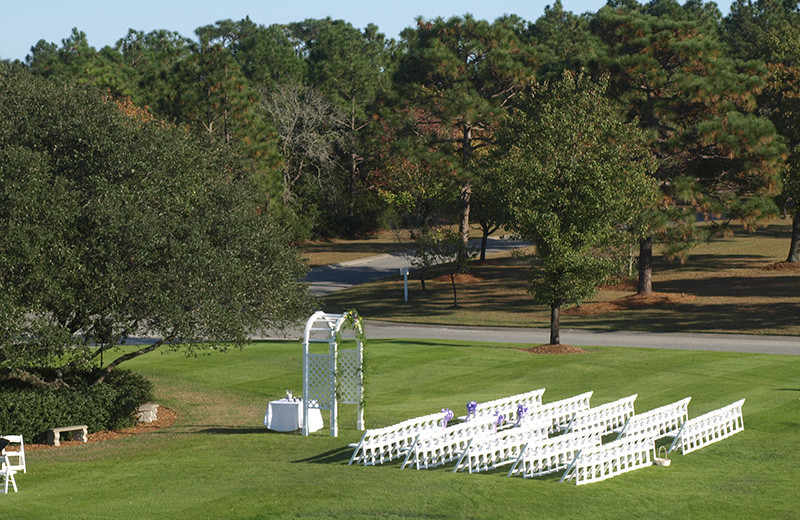 Wedding ceremony at Beau Rivage Golf and Resort.