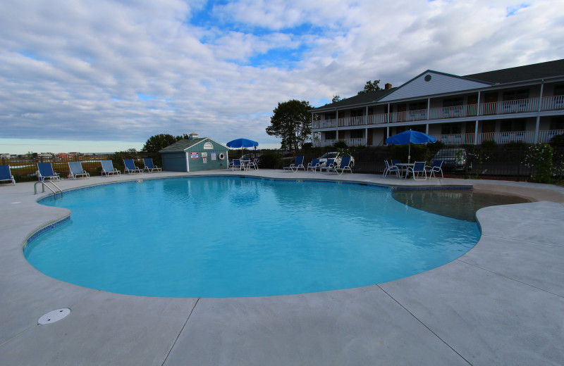 Outdoor pool at Mariner Resort.