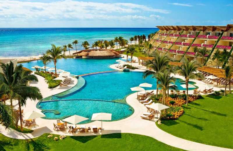 Exterior view of Grand Velas All Suites and Spa Resort - Riviera Maya.