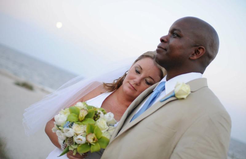 Wedding couple at Omni Amelia Island Plantation.