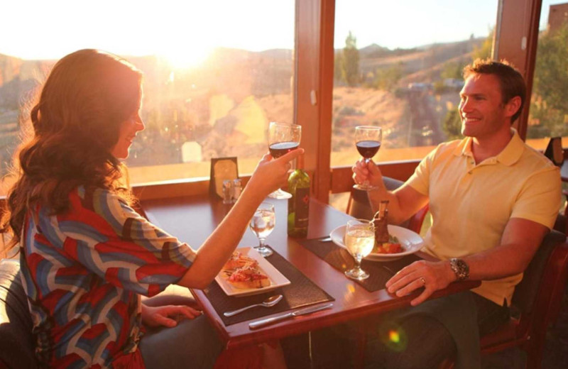 Dining at Kah-Nee-Ta Resort and Spa.