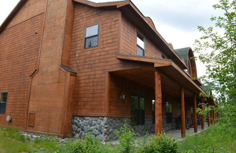 Exterior view of  Alaska Legends Adventure Resort.