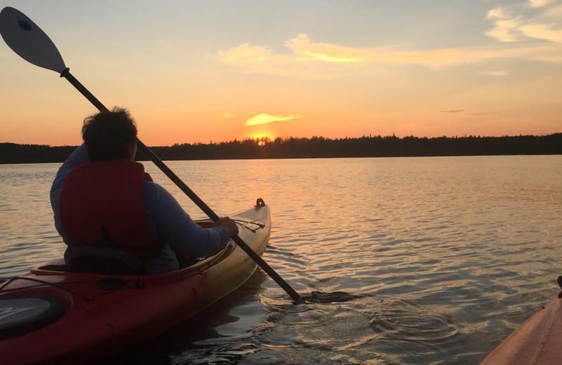 Kayaking at Rainbow Point Lodge.