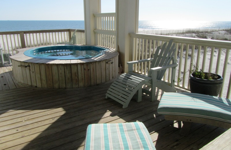 Rental hot tub at Gulf Shores Vacation Rentals.