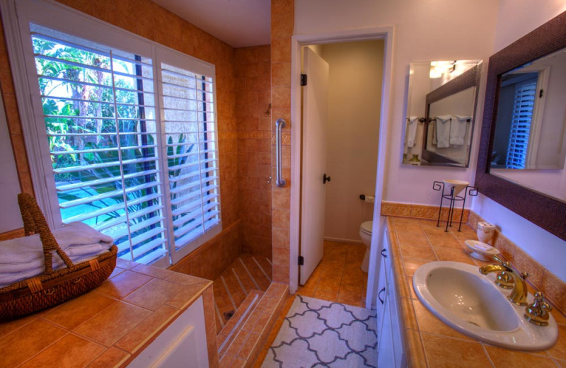 Rental bathroom at Sundance Villas.